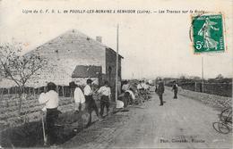 Ligne Du C.F.D.L. De Pouilly-les-Nonains à Renaison : Les Travaux Sur La Route - Francia
