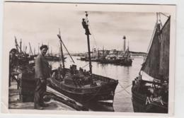 GRAND FORT ET PETIT FORT PHILIPPE ARMEMENT DE BATEAUX DE PECHE 1948 CPSM 9X14 TBE - France