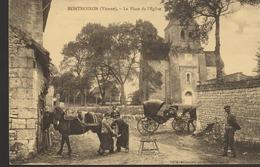 C. P. - MONTHOIRON - LA PLACE DE L'EGLISE - REPRODCUTION - CECODI - 113 - France