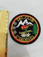 10788     ECUSSON TISSU SKI-CLUB ST GEORGES - Ecussons Tissu