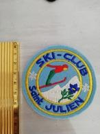 10789     ECUSSON TISSU SKI-CLUB SAINT JULIEN - Ecussons Tissu