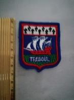 10807     ECUSSON TISSU TREBOUL - Ecussons Tissu
