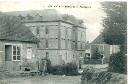 N°2173 T -cpa Les Veys -entrée De La Fromagerie- - France