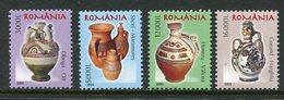 ROMANIA 2005 Ceramics Definitive (4) MNH / **.  Michel 5904-07 - 1948-.... Repubbliche