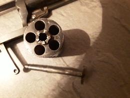 Petit Revolver - Decotatieve Wapens