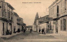 10 841     FINHAN    GRANDE RUE - France
