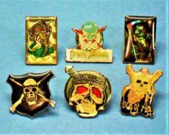 6 PIN'S //  ** CRANES TETE DE MORT HELMET LAWS 666 ** - Pin's