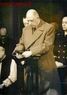 PHOTOGRAPHIE ANCIENNE GENERAL DE GAULLE OBSEQUES DU GENERAL ALLIERET SAINT-DENIS DE LA REUNION GUERRE POLITIQUE - Personajes