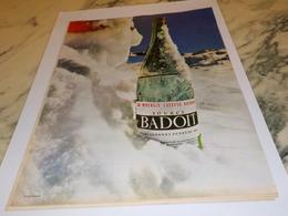 ANCIENNE PUBLICITE EAU MINERALE NATURELLE  BADOIT 1962 - Autres Collections