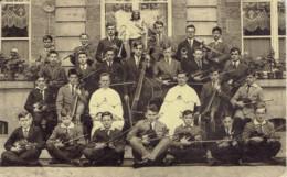 Waudrez Binche  Petit Seminaire La Symphonie Musiciens  (petit Plis Au Centre) - Binche