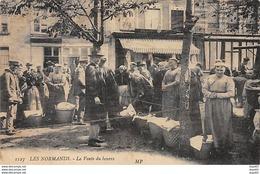 LES NORMANDS - 1127 - La Vente Du Beurre - état - Autres Communes