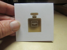 Carte Chanel 3 D - Cartes Parfumées