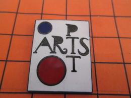 1318 Pin's Pins / Beau Et Rare  / THEME : POSTES /  LA POSTE POP ARTS - Mail Services