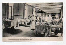 - CPA PARIS (75) - Une Salle De L'amdulance Du Lycée Jamson De Sailly (belle Animation) - Edition L. C. H. - - Salute, Ospedali