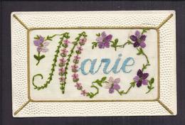 CPA FANTAISIE BRODEE - PRENOM MARIE - Jolie Illustration De Fleurs Violette - Brodées