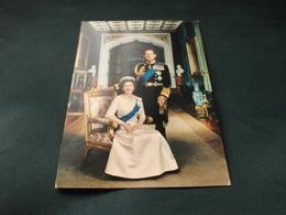 H.M. QUEEN ELIZABETH II AND H.R.H. PRINCE PHILIP  U.K. - Case Reali