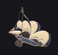 61284-Pin's-Voilier.bateau. - Barcos