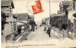 La Bernerie  -  La Rue Amiral-Gervais  -  CPA - La Bernerie-en-Retz