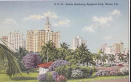 AR81 Hotels Bordering Bayfront Park, Miami, Florida - Linen - Miami