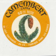 W 966 / ETIQUETTE  FROMAGE - CAMEMBERT  88- AK   FAB. DANS LES VOSGES - Formaggio