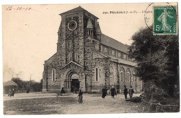 CPA 35 - PLECHATEL (Ille Et Vilaine) - 259. L'Eglise (petite Animation) - France