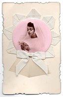 Communiante - Photo Rose + Ruban Blanc (Le Tout Composant Une Fleur...) - Andere