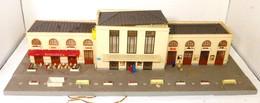 Gare Pour Train Miniature Jouef - Scenery