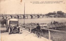 44 - Loire Atlantique - NANTES - Apres L Ecroulement Du Pont De Pirmil -chemin D Acces Au Nouveau Pont De Bateaux - Nantes