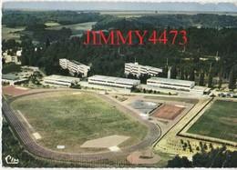 """CPM Dentelées - SOISSON Cuffies 02 Aisne - Vue Aérienne En 1980 - Le Stade  Ecole De Métiers """"Electricité"""" Imp. COMBIER - Soissons"""