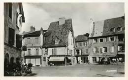 "/ CPSM FRANCE 03 ""Cusset, Place Victor Hugo"" - Andere Gemeenten"