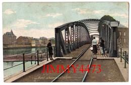 CPA - NAMUR - La Passerelle & La Rive Droite Bien Animée - N° 1908 - Edit. AQUA-PHOTO - Namur