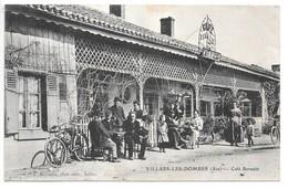 Cpa...Villars-les-Dombes...(Ain)...café Bernain...animée...(singe Sur Le Genou De La Personne De La Première Table)... - Villars-les-Dombes