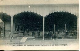 N°2269 T -cpa La Gymnastique -patronage Apprentis Et Ouvriers D'Amiens- - Gimnasia