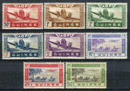 GUINEE ( AERIEN ) : Y&T N°  10/17  TIMBRES  NEUFS  AVEC  TRACE  DE  CHARNIERE , A  VOIR . - Französisch-Guinea (1892-1944)