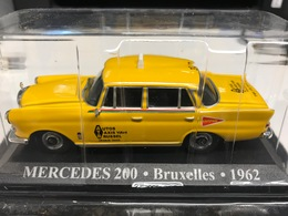 CHECKER TAXI NEW YORK 1980 - 1/43 - COMME NEUVE SOUS BLISTER - Unclassified