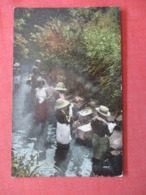 Native Indian Washing Clothes Panama   Ref  3856 - America