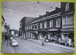Bracquegnies Rue Joseph Wauters. Volkswagen Coccinelle - Delhaize - La Louvière