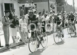 1961 ORIGINAL PRESSE PHOTO FOTO CYCLISME TOUR DE FRANCE ANQUETIL PREMIER MAILLOT ROUEN VERSAILLES - Ciclismo