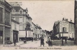 85 - Fontenay-le-Comte (Vendée) - Rue De La République - Fontenay Le Comte