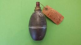 Grenade Suffocante Française Modèle 1914 En Fer - Armi Da Collezione