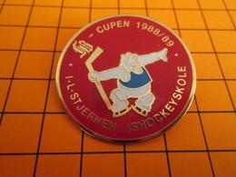 BRO120 Pas Pin's Mais BROCHE état Neuf : SPORTS / HOCKEY SUR GLACE CUPEN 1988/89 - Wintersport