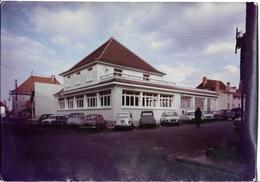 EBREUIL - La Mairie - Voiture : Renault 4 L - Dauphine - Citroen DS - 2 CV - Peugeot 404 - Autres Communes