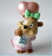 Figurine Kinder - Steffi Tromimi - Les Ours Bavarois à La Foire - France - 1999 - Monoblocs