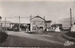 LES NOES - LA PATTE D'OIE - COMMERCE - BELLE CARTE - PHOTO - DES ANNEES 1950 - 2 SCANNS - TOP !!! - Sonstige Gemeinden