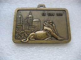 Médaille Du Lion De Belfort 1990 Et Sa Citadelle. Semi-marathon International Belfort-Montbeliard. FC Sochaux-Montbéliar - Recordatorios