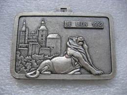 Médaille Du Lion De Belfort 1992 Et Sa Citadelle. Semi-marathon International Belfort-Montbeliard. FC Sochaux-Montbéliar - Obj. 'Souvenir De'