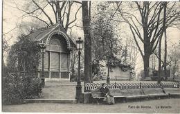 BELGIQUE - PARC DE BINCHE - LA BUVETTE - Femme Sur Un Banc - Binche