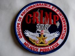 ECUSSON POMPIER TISSUS PATCH DES SAPEURS POMPIERS LE GRIMP DU 976 MAYOTTE SUR VELCROS - Firemen
