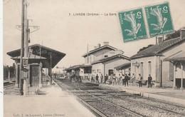 CPA:LIVRON (26) CHEVAL SUR RAIL LA GARE ANIMÉE..ÉCRITE - Other Municipalities