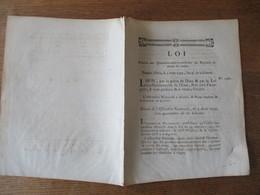 LOI LE 5 AOÛT 1792 RELATIVE AUX QUARTIERS-MAÎTRES-TRESORIERS DES REGIMENTS DE TOUTES LES ARMES - Décrets & Lois